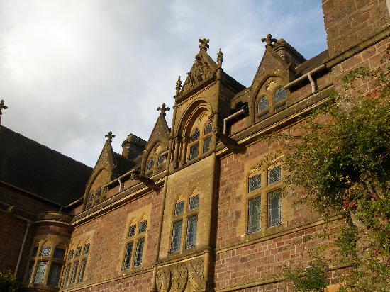 Knightshayes court: front view of the court