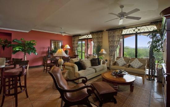 Reserva Conchal Beach Resort, Golf & Spa: Deluxe Three Bedroom Residence