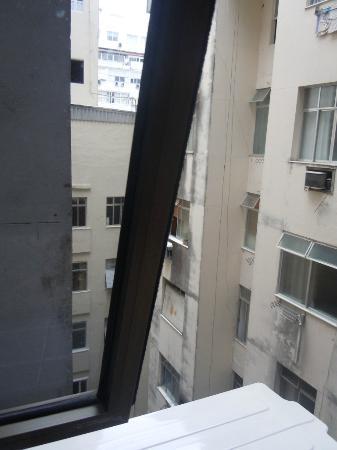 Orla Copacabana Hotel: Vista da Janela