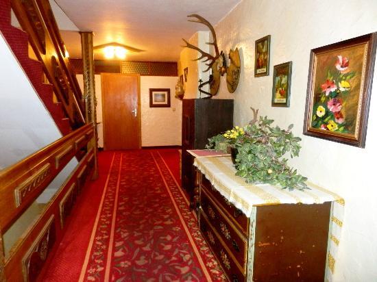 Kirchenwirt Hotel: Flur