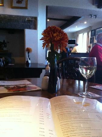 Rose & Crown: RELAXING LUNCH