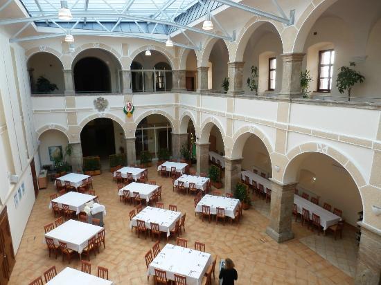 JUFA Hotel Schloss Röthelstein: Speisesaal