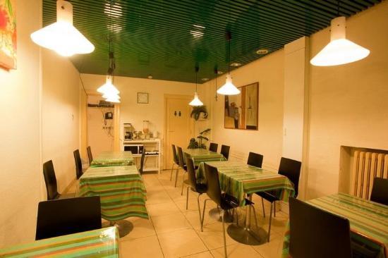 Sun Hotel: Restaurant