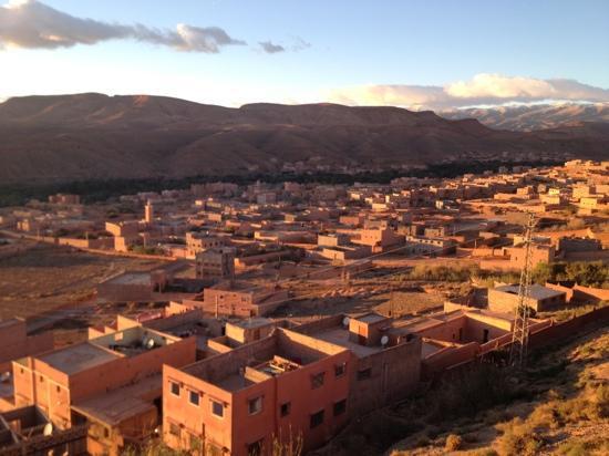 Hotel Xaluca Dades: vu de la terrasse de la piscine
