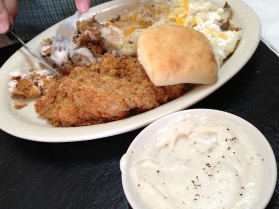 Murphy's Steakhouse: the chicken fried steak is outstanding