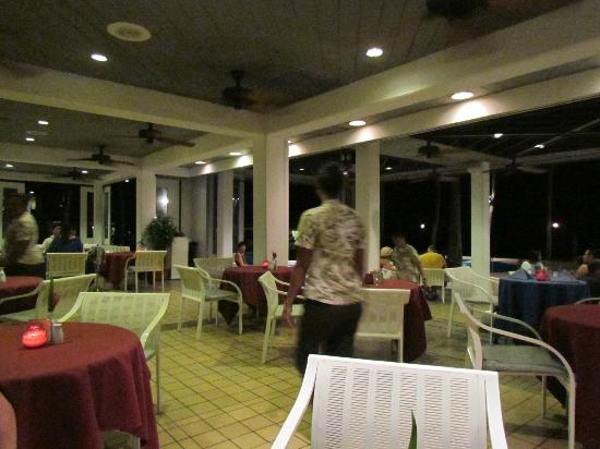 Palau Pacific Resort: Overpriced food