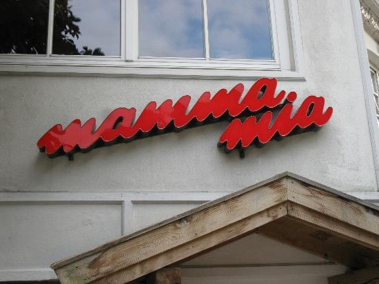 Pizzeria Mamma Mia: Restaurant Name
