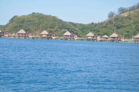 Likuliku Lagoon Resort: Over Water Bungalows