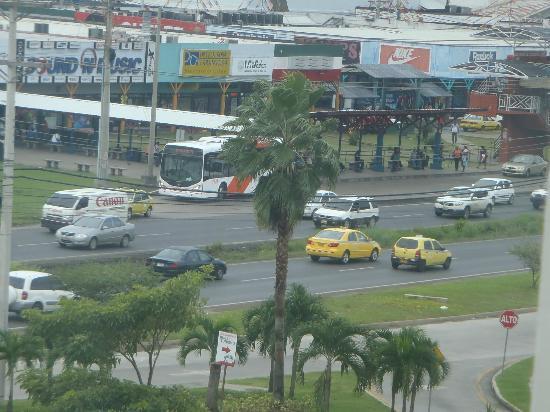 Courtyard Panama at Metromall Mall: outro ponto de vista...