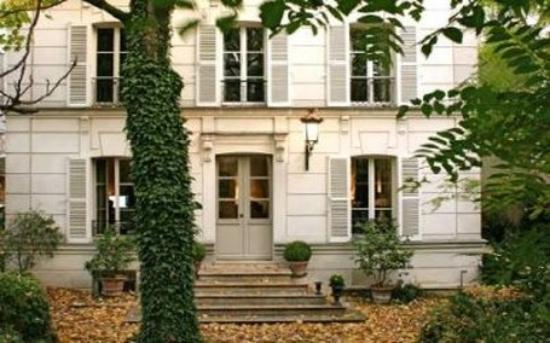 Entr e h tel photo de hotel particulier montmartre for Entree hotel