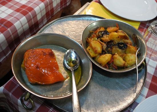 Vicolo della Neve: peperone ripieno e ciambotta