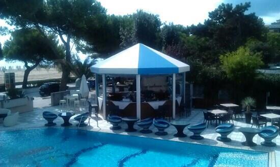Hotel Miramare: Poolbar