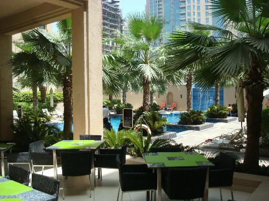 Vida Downtown Dubai: Pool