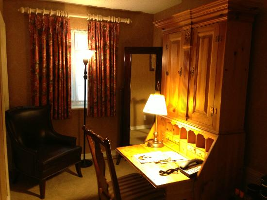 Seven Gables Inn: View of room
