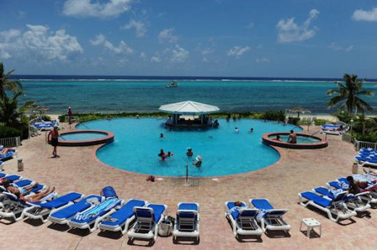 Morritts Tortuga Club and Resort: Pool