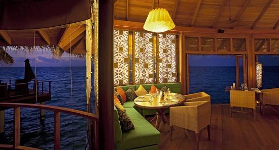 Constance Halaveli: Jing Restaurant