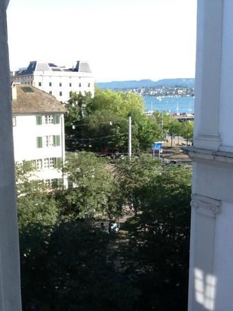 Hotel Helmhaus: Lake Zurich from Helmhaus