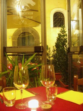 Antica Pagliera: tavolo