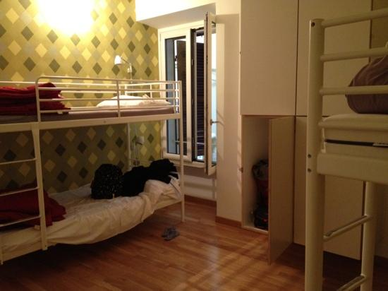 La Controra Hostel Rome: Room for four people