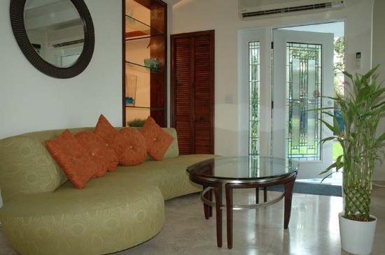 آزول ديل مار: Royale Lounge