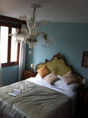 3749 Ponte Chiodo: Room
