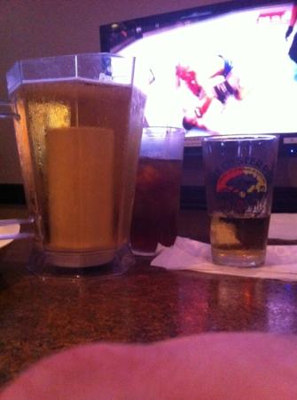 Oyster Pub: coors on tap with an ice tea and the pay per view