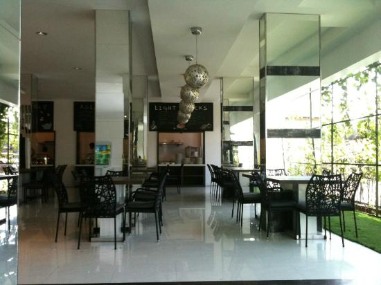 Q Hotel Bali: Restoran
