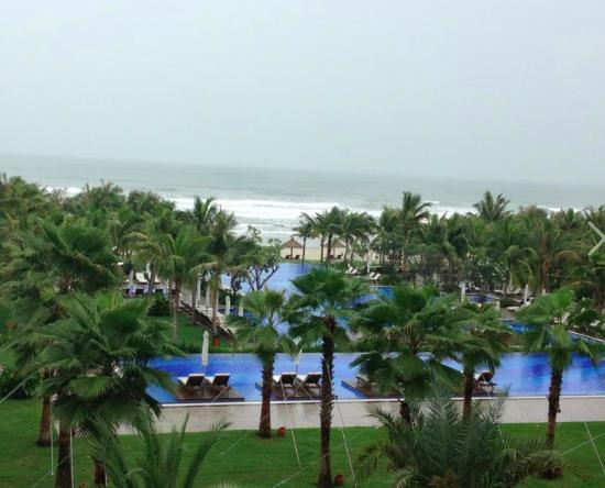 Vinpearl Da Nang Resort & Villas: VIEW FROM OUR BALCONY
