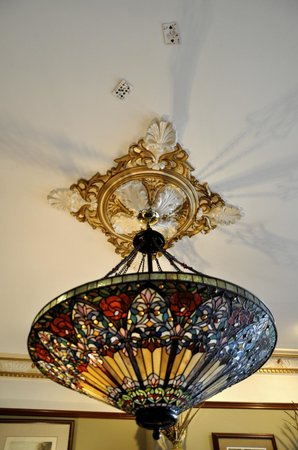 Baker House: This was such a gorgeous lamp in the game room