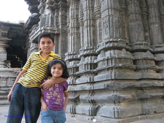 Thousand Pillar Temple: Kids understanding social science in better way..