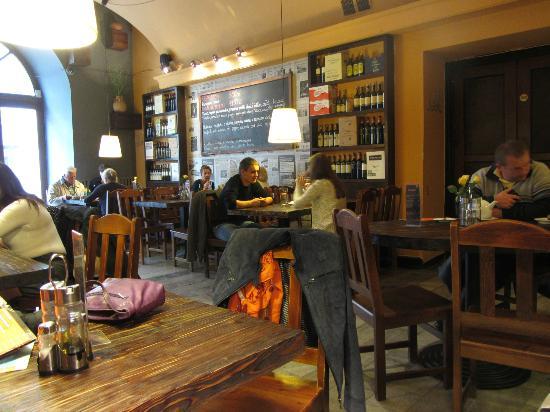 Interior, Fabryka Pizzy