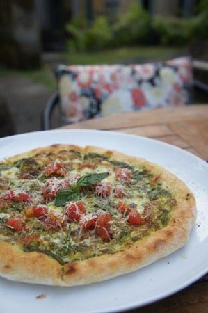 Fiore Citta: Pizza Basil Basil