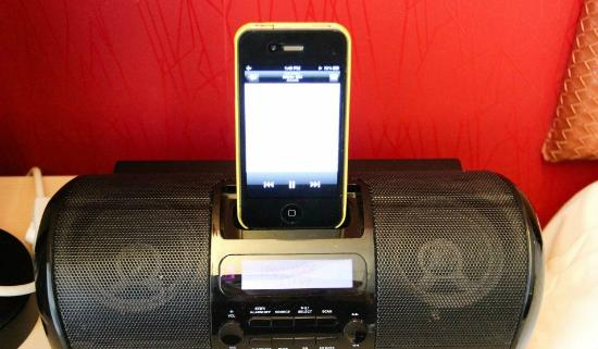 Wifi Hotel: Iphone docking station