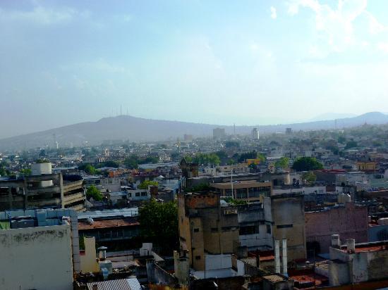 Dali Plaza Hotel: Vue de Guadalajara depuis le 7eme etage de l'hotel