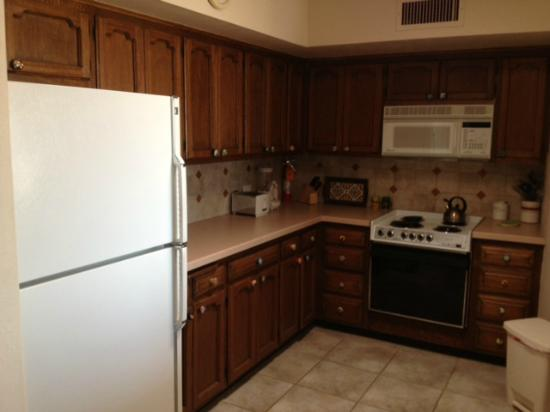 Mission Hills Casitas: Kitchen in Cholla 3