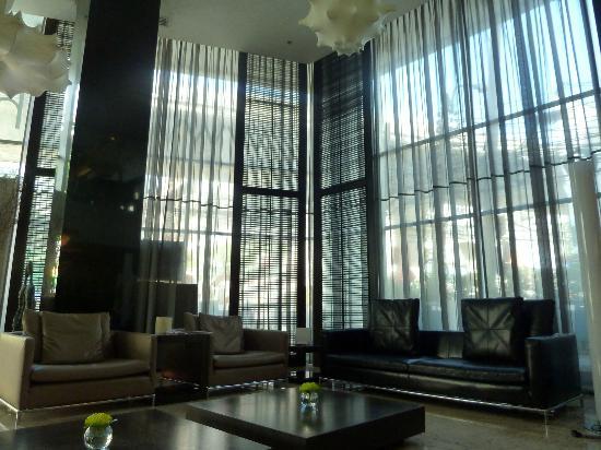 S15 Sukhumvit Hotel: Lobby