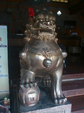 Puri Dewa Bharata Hotel & Villas : Hotel Entrance