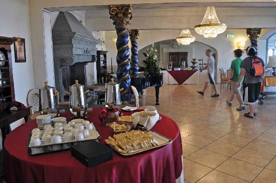 Grand Hotel Helio Cabala : The breakfast buffet room