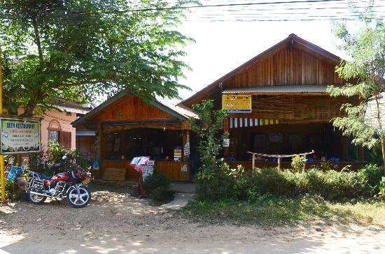 Where to Eat in Nong Khiaw: The Best Restaurants and Bars