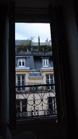 Hotel Magda Champs Elysees: お部屋からの景色