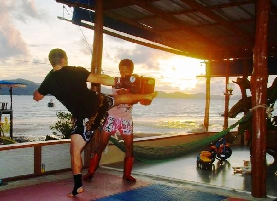 K.Y.N. Muay Thai Gym: Training at K.Y.N