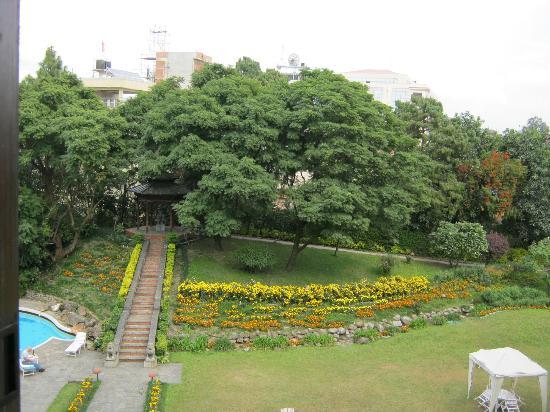 هوتل ياك آند يتي: a view from our room 