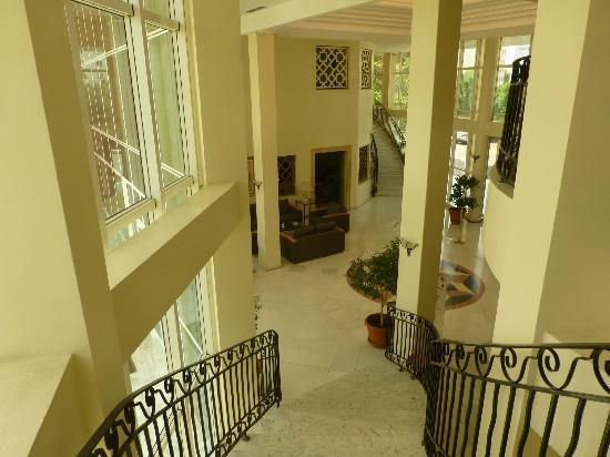 Hotel Du Parc: Vue sur le hall