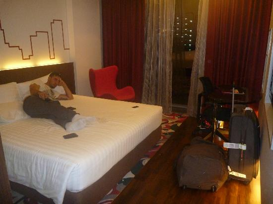 Galleria 10 Sukhumvit: Superior room
