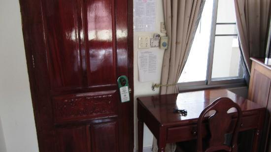 Aroon Residence Vientiane : room