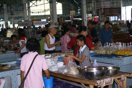 Tara Mantra Cha Am: Cha am market - FANTASTIC