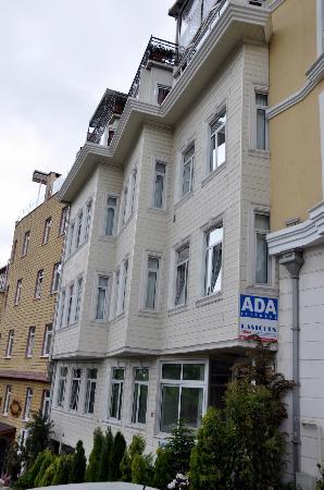 Ada Hotel Istanbul: Façade de l'hôtel