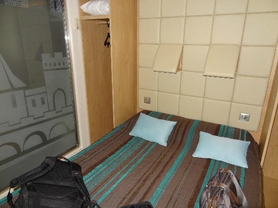 Hôtel Espace Cité : chambre