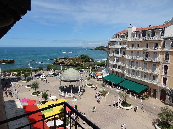 Hotel Florida Biarritz : vue du balcon