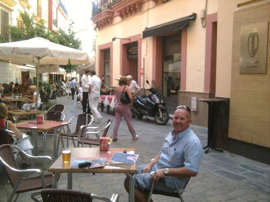 Novotel Sevilla Marques del Nervion: In Seville there are over 4,000 tapas bars, what a choice